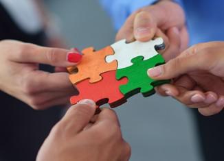 Πρακτικές προσέγγισης που θα βοηθήσουν να επικοινωνείς πιο αποδοτικά και να αποφεύγεις παρεξηγήσεις με τους συνεργάτες σου